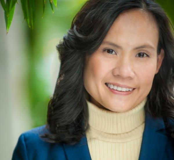 Dr Lin Carson